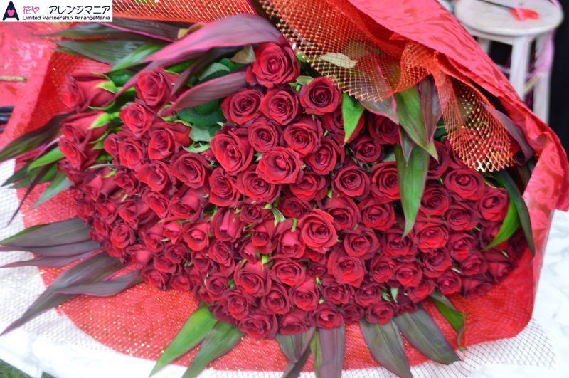 赤バラの花束・本数による花言葉
